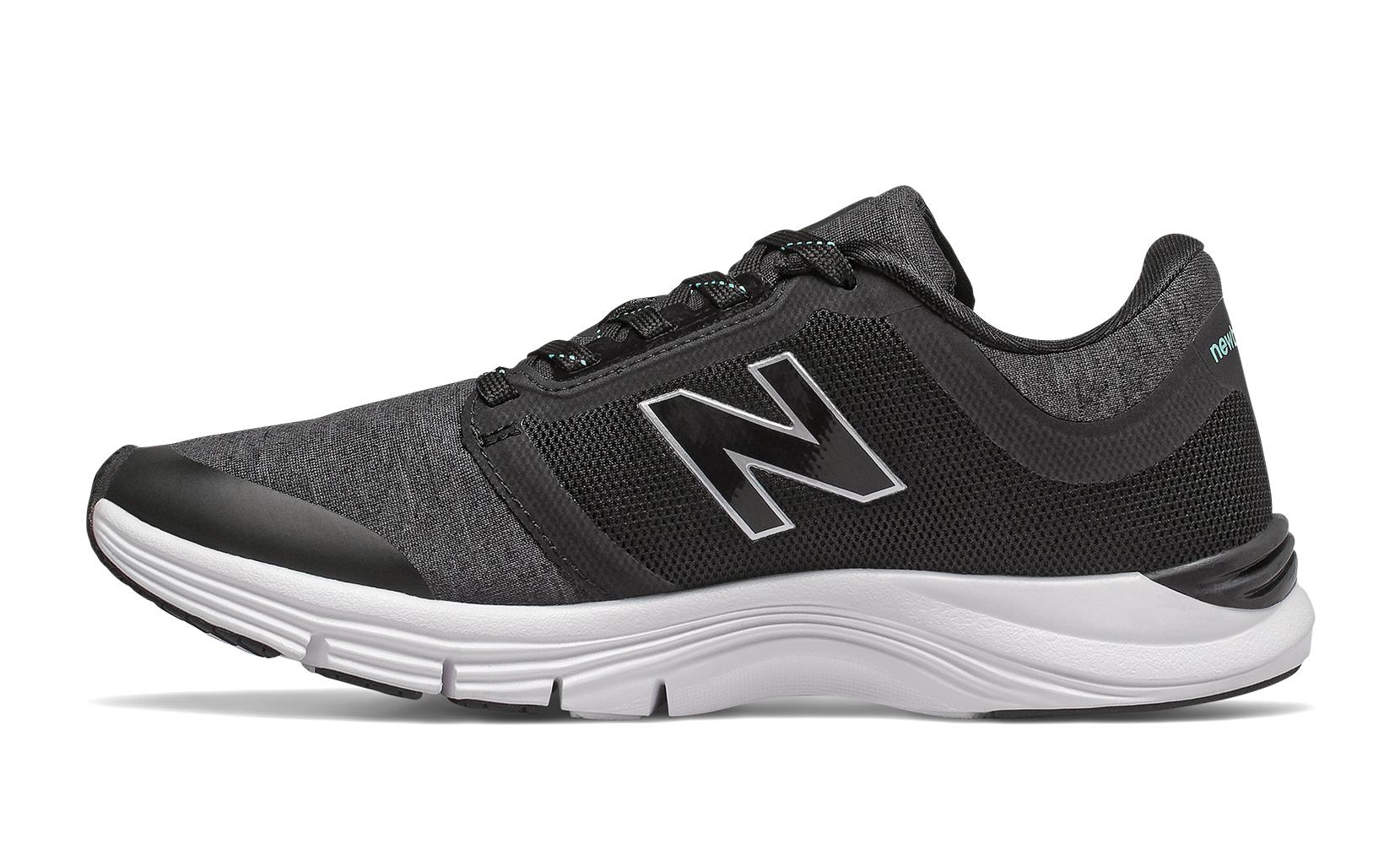 Жіноче взуття для тренувань Кросівки жін. 715 чорні WX715RE3 | New Balance