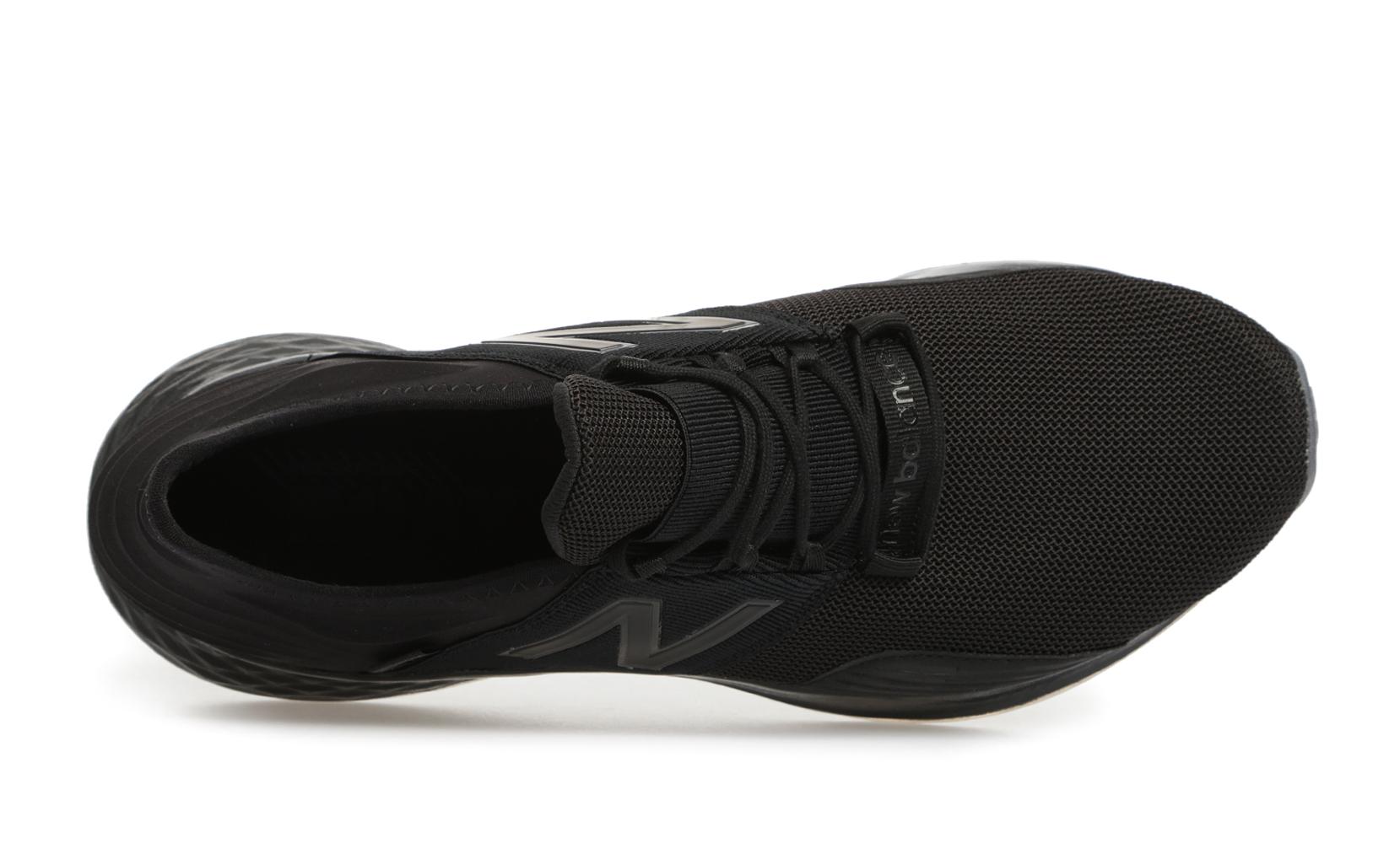 Чоловіче взуття для бігу Fresh Foam Roav Infinite Dark  MROAVYF | New Balance