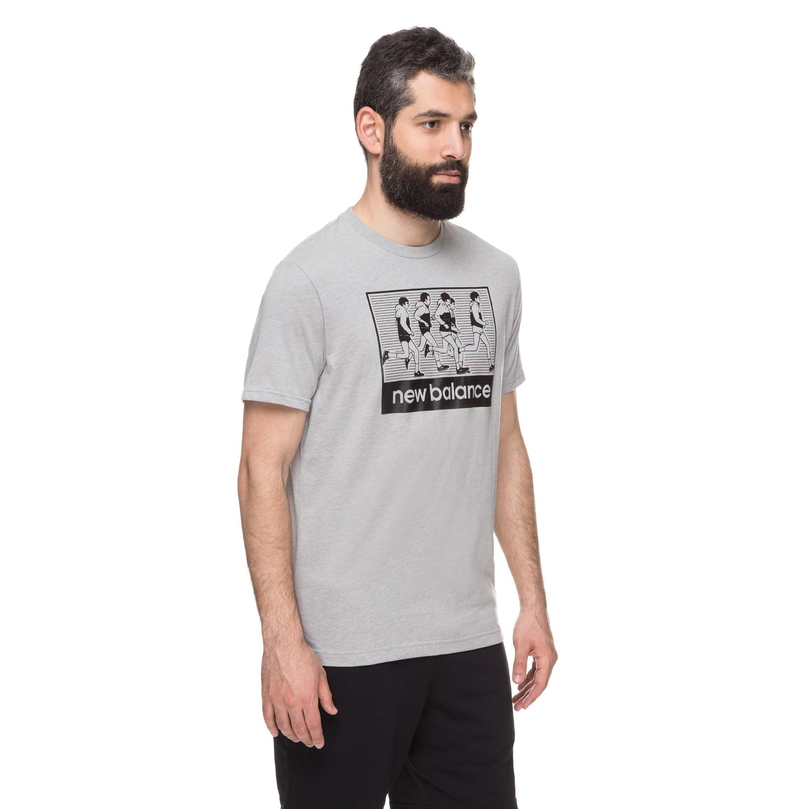 Футболка NB Runner Graphic Tee для чоловіків MT91925AGM | New Balance