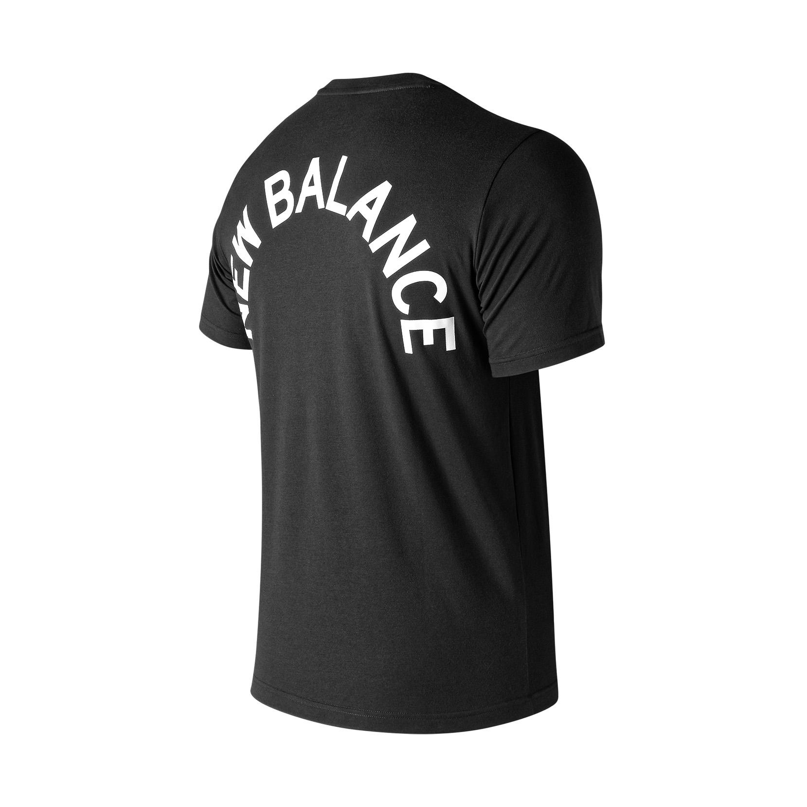 Футболка NB Arch Graphic Tee для чоловіків MT91924BK | New Balance