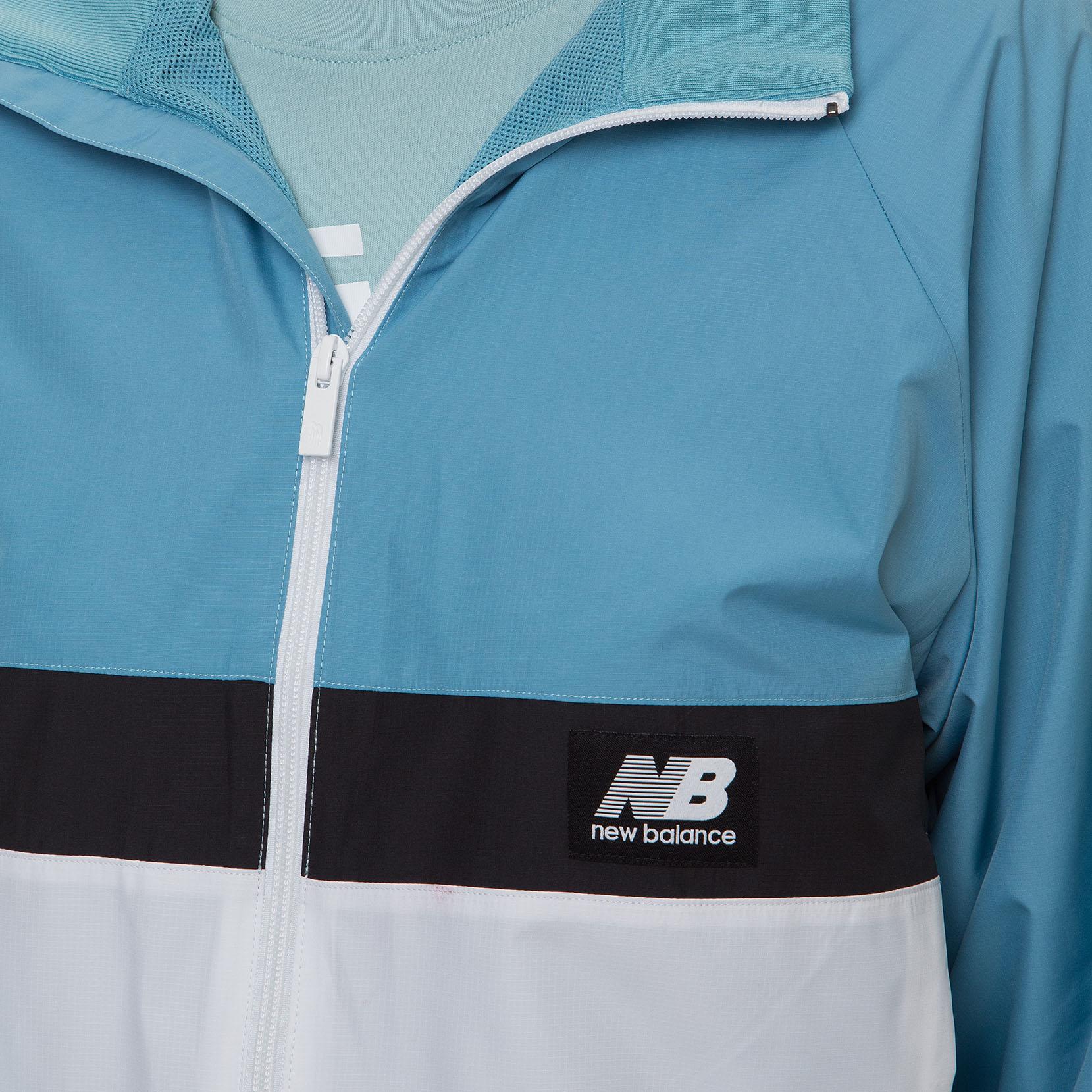 Вітрозахисна куртка NB Athetics Archive Run для жінок WJ01504WAX | New Balance