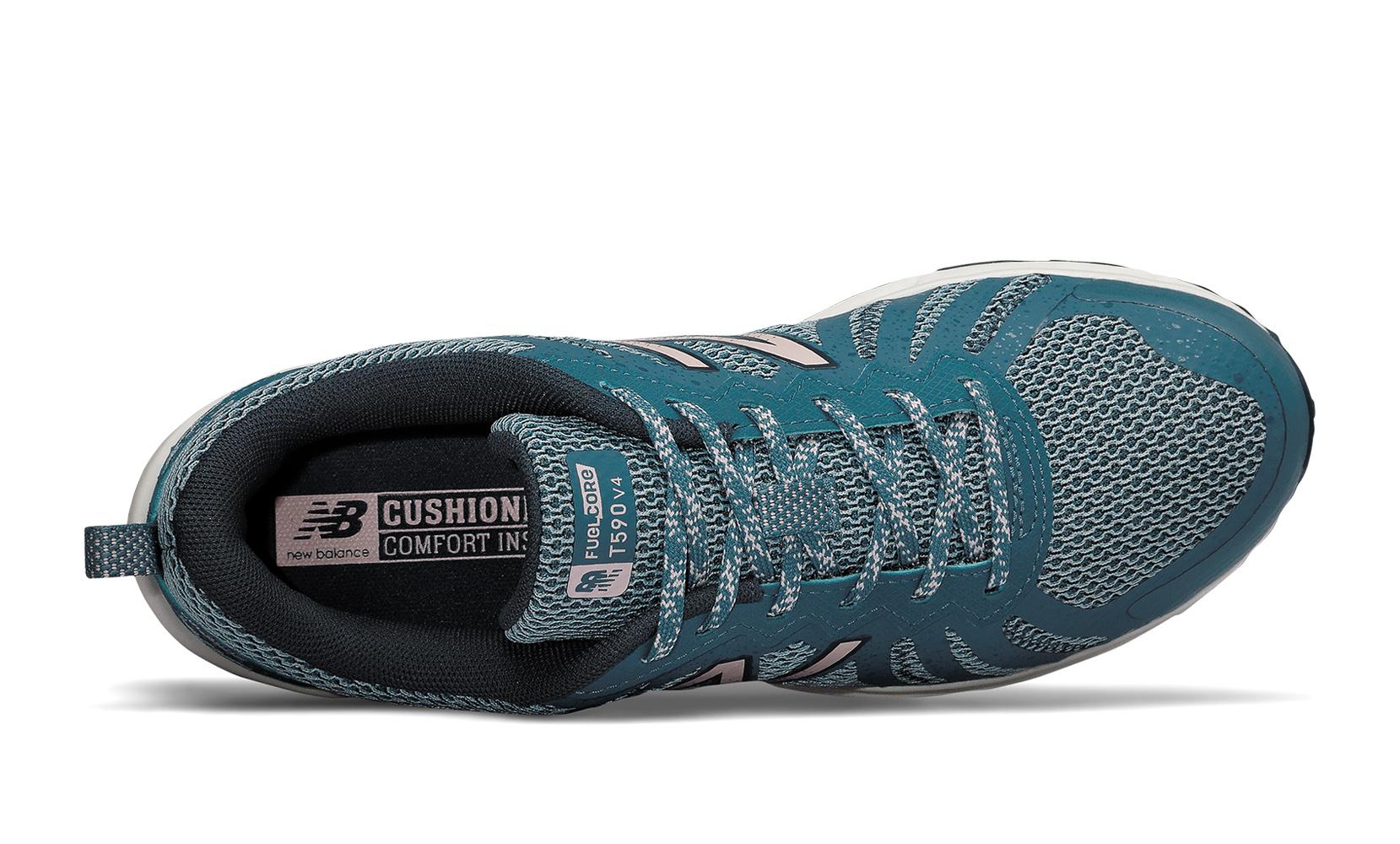 Жіноче взуття для бігу New Balance Fuel Core Trail 590 v4 WT590RS4 | New Balance